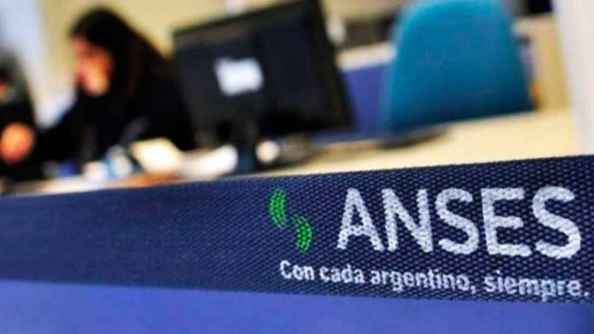 Anses pagará el refuerzo de $15.000 pesos
