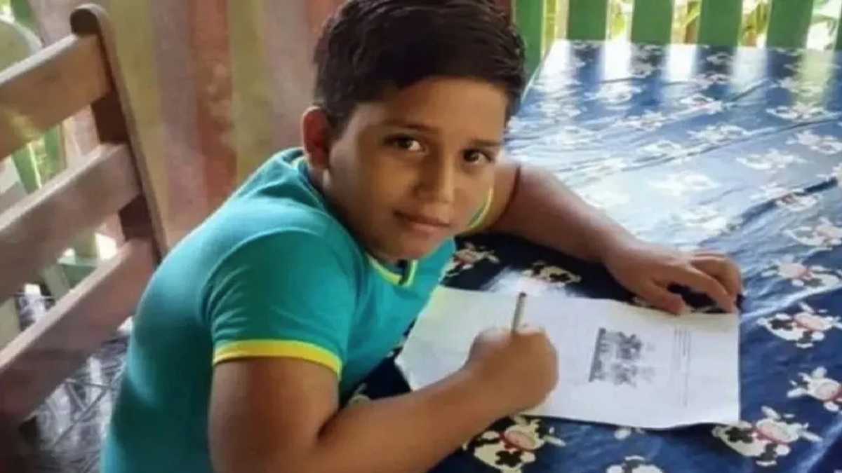 Murió un nene de 11 años mientras jugaba con un celular