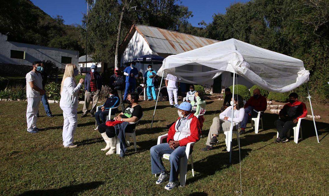 Covid-19: La vacunación llegó a la zona de alta montaña. Foto: msptucuman.gov.ar