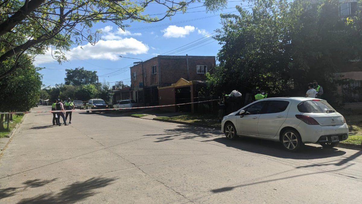 Investigan la muerte de un hombre en barrio Oeste I