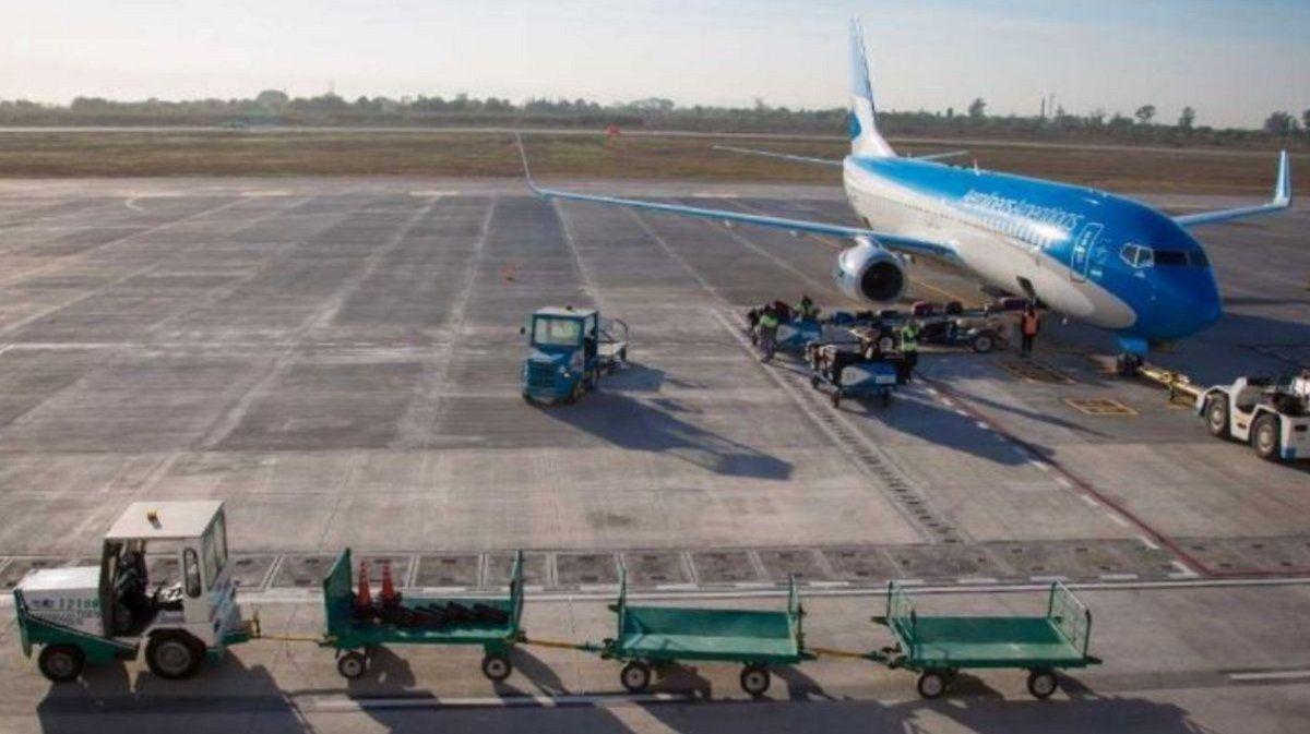 Los vuelos a Tucumán tienen su protocolo aprobado por el COE