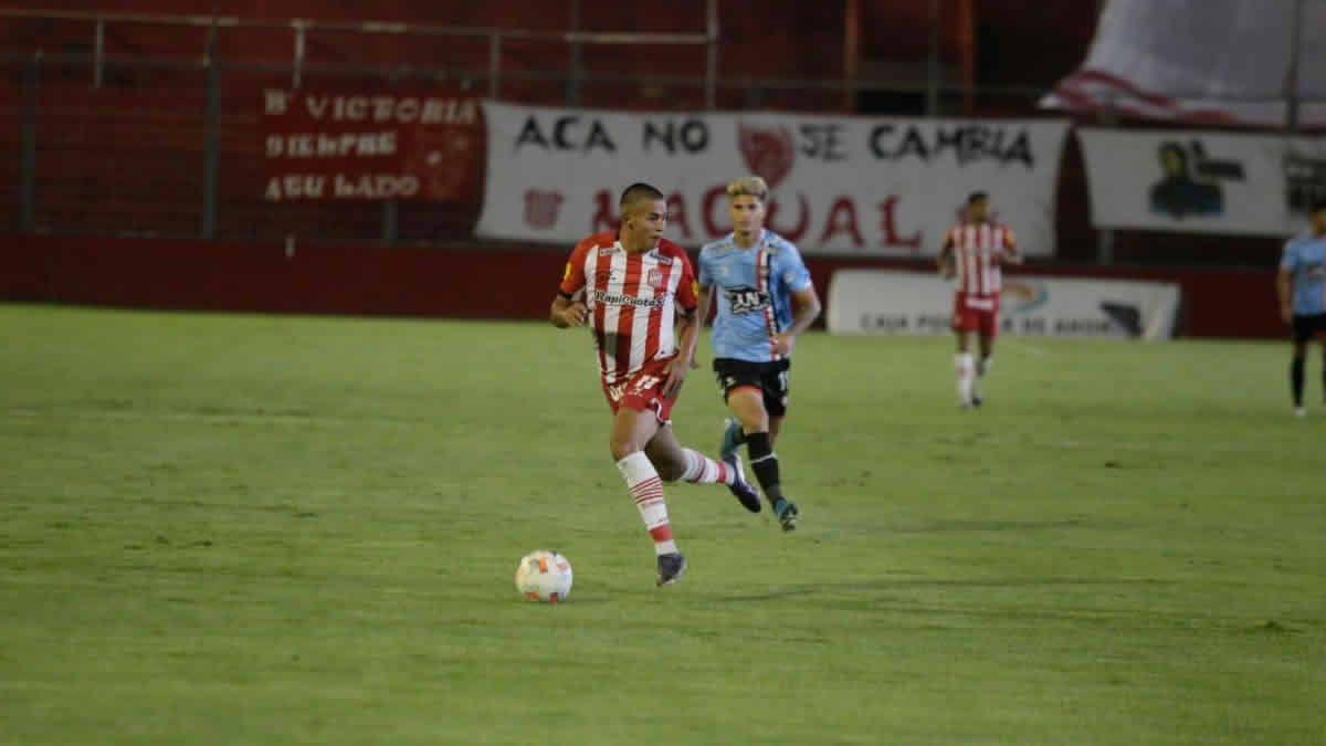 San Martín empata 0 a 0 ante Chacarita en La Ciudadela