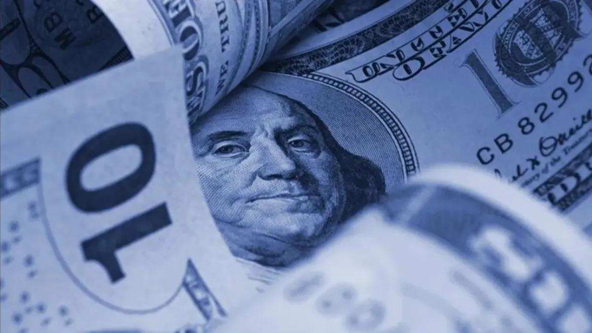 El dólar blue finalizó la semana con 26 pesos menos