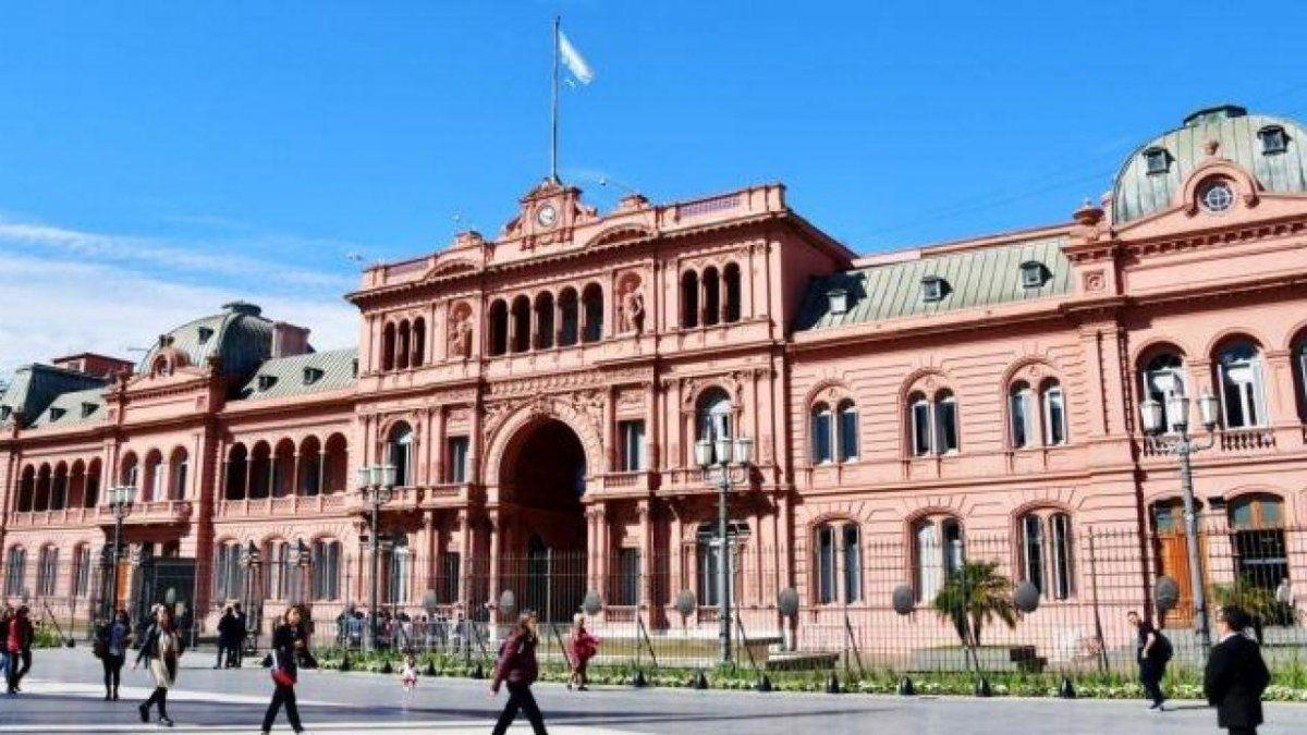 Juan José Ross fue designado nuevo vocero presidencial