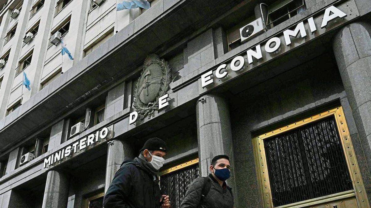 Economía obtuvo más de $100.000 millones por licitaciones