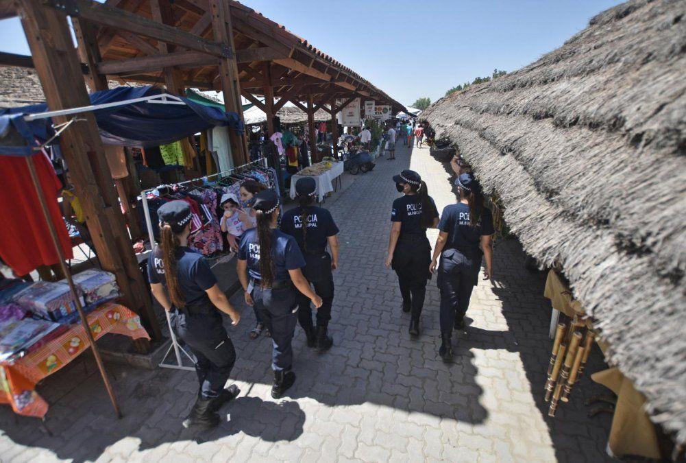 Simoca: con protocolos, reabrió la tradicional Feria
