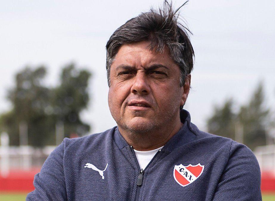 Fernando Berón es el DT interino de Independiente.