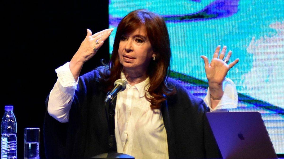 Cristina Kirchner solicitó viajar a Cuba en noviembre