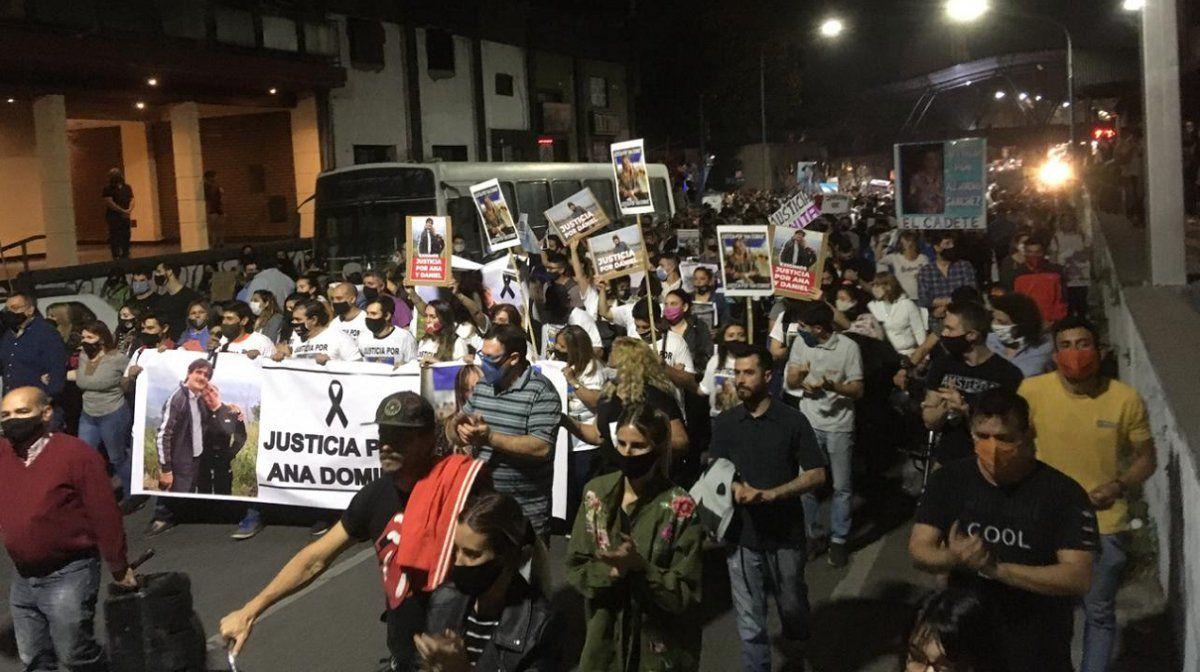 La comunidad tucumana marchó hacia marcha independencia por el crimen de Ana Dominé.
