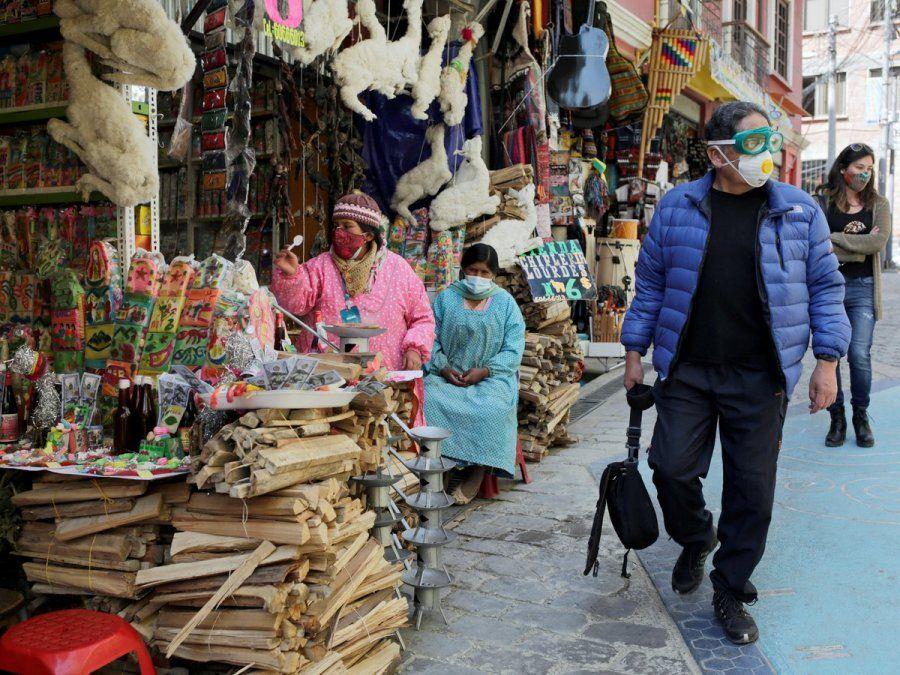 Bolivia aprobó el dióxido de cloro para tratar el COVID-19