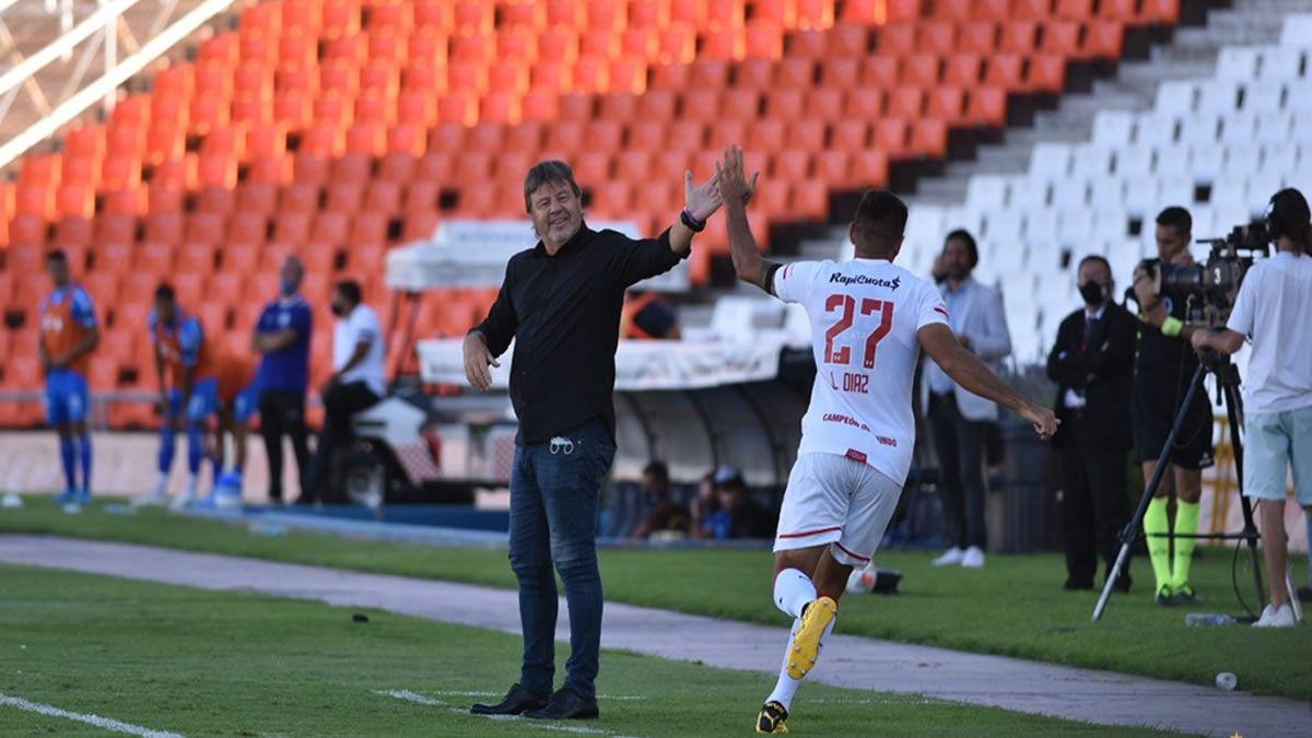Un ex Atlético marcó en la victoria del Estudiantes de Zielinski