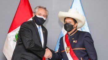 Alberto Fernández y su comitiva cumplirán el aislamiento