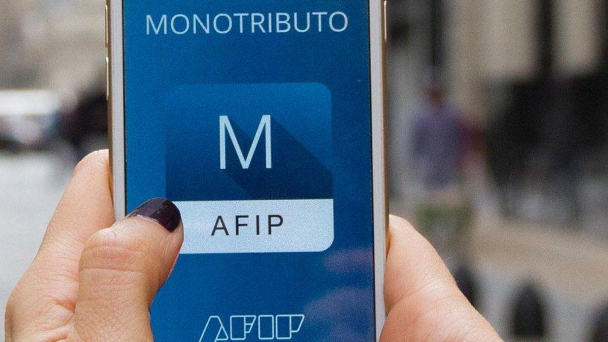 AFIP reglamentó cambios en el monotributo. Foto: perfil.com