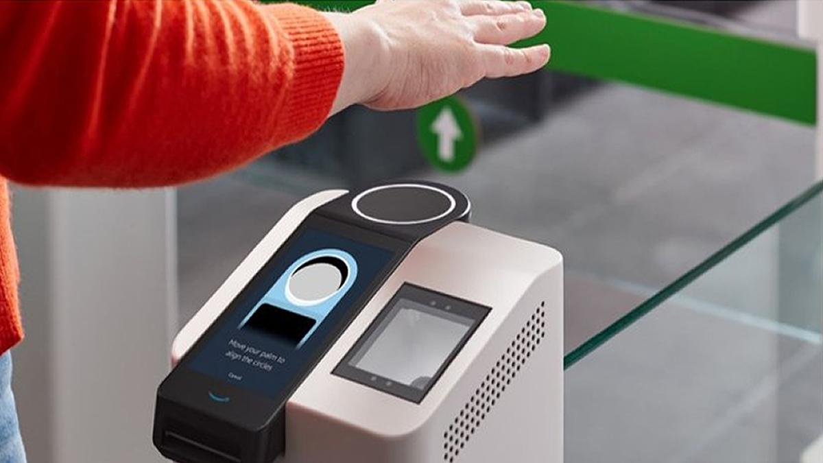 Amazon: cómo es el nuevo sistema para pagar con la palma de la mano