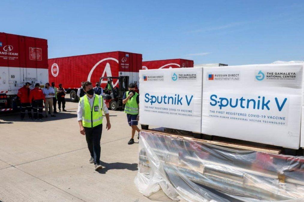 El sur será el primer receptor del cargamento, con 500 dosis, de la vacuna arribada este lunes a Tucumán.