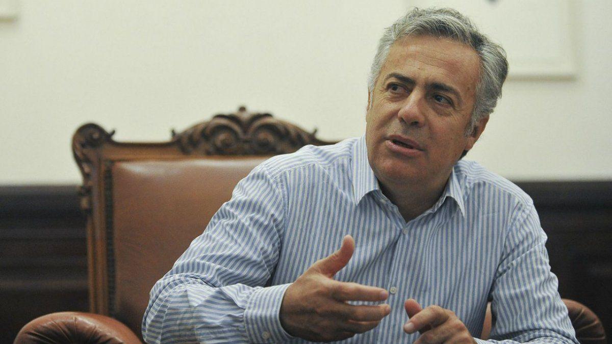 Mendoza: El ex Gobernador Cornejo se encuentra internado y con oxígeno