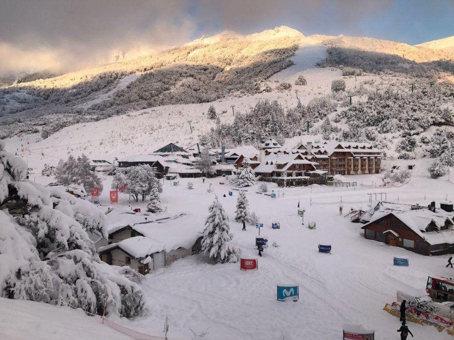 Hoteles insisten en que no pueden resistir otra temporada de invierno sin turistas.