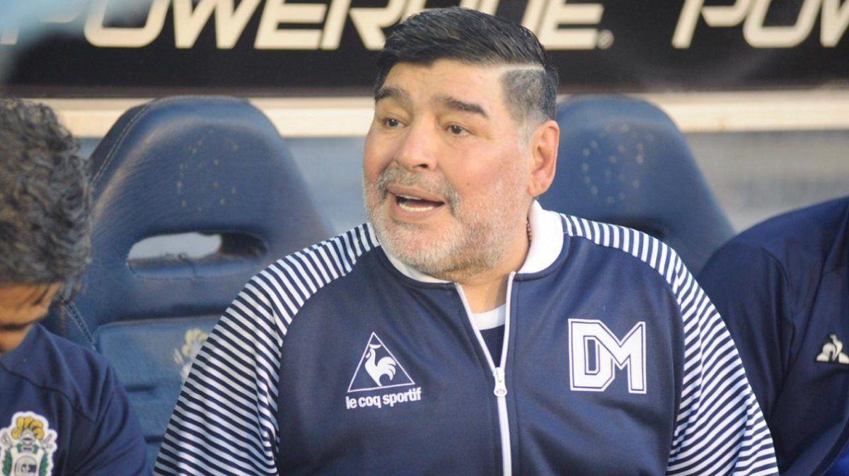 Para Maradona, Macri tiene que ir a la cárcel